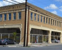 We have 3 apartments for rent in the historic Witherspoon Building on northside of downtown San Antonio.  320 E. 6th Street, Unit #4 - 1bed / 1bath | 844 sqft | $1150/month.  Unit #6 - 1 bed / 1 bath | 507 sqft | $750/month.  Unit #7 - 1 bed / 1 bath | 523 sqft | $750/month.  Click for details.