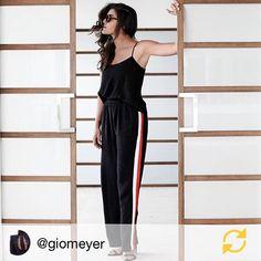 Linda e estilosa @giomeyer com um look JARDIN❤ @use_jardin #jardinfashion #giomeyer #moda #design
