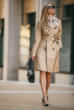 Nwt zara long trench/spring coat with belt classic beige camel khaki new Estilo Fashion, Look Fashion, Ideias Fashion, Lolita Fashion, Trench Coat Outfit, Beige Trench Coat, Classy Winter Outfits, Cool Outfits, Tan Coat Women