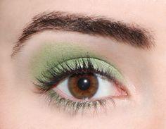 A wasabi green Blending Eyeshadow, Green Eyeshadow, Eyeshadow Looks, Make Up Looks, Eye Color, Color Pop, Green Makeup, Mineral Eyeshadow, Eyelashes