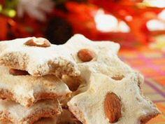 Ořechové hvězdičky - | Prostřeno.cz Cookies, Desserts, Food, Crack Crackers, Tailgate Desserts, Deserts, Biscuits, Essen, Postres