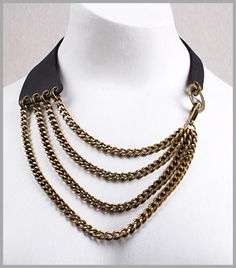 Maxi Collar de Piel Negra y Cadenas Bronce www.lesespirals.com