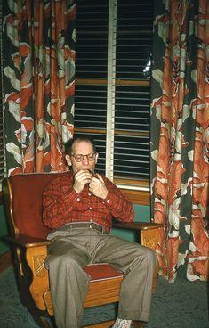 Kodachrome 1950s wow those drapes!