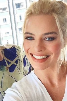 hairstyle Fitness exercise and fitness Actriz Margot Robbie, Margot Robbie Style, Margot Elise Robbie, Margo Robbie, Margot Robbie Harley Quinn, Hottest Female Celebrities, Celebs, Beautiful Smile, Beautiful Women
