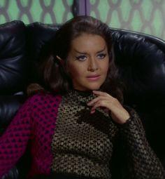 Star Trek (TOS) - The Enterprise Incident, Joanne Linville as Romulan Commander! Star Trek Original Series, Star Trek Series, Star Trek Tos, Star Trek Characters, Female Characters, Star Trek Continues, Star Trek 1966, Star Trek Images, Star Trek Universe