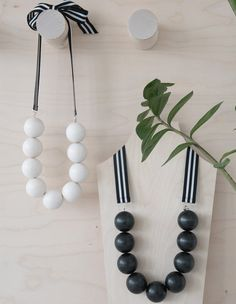 Iso necklace Wooden Jewelry, Handmade Jewelry, Wooden Shapes, Design Language, Wind Chimes, Outdoor Decor, Necklaces, Home Decor, Spring