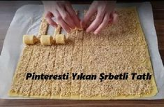 It's quite easy to make and easy – New Cake Ideas Cookie Recipes, Dessert Recipes, Desserts, Chicken And Pastry, How To Make Pastry, Sorbet, Best Christmas Cookies, New Cake, Dessert For Dinner