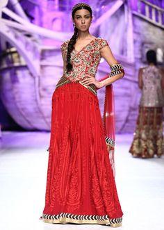 JJ Valaya collection at Bridal Fashion show 2013 at Delhi 22