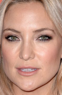 Kate Hudson at the 2014 IWMF Courage in Journalism Awards. http://beautyeditor.ca/2014/12/17/holiday-party-makeup