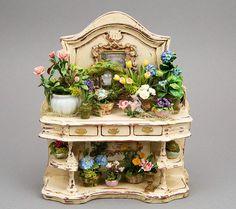 Good Sam Showcase of Miniatures: Furniture