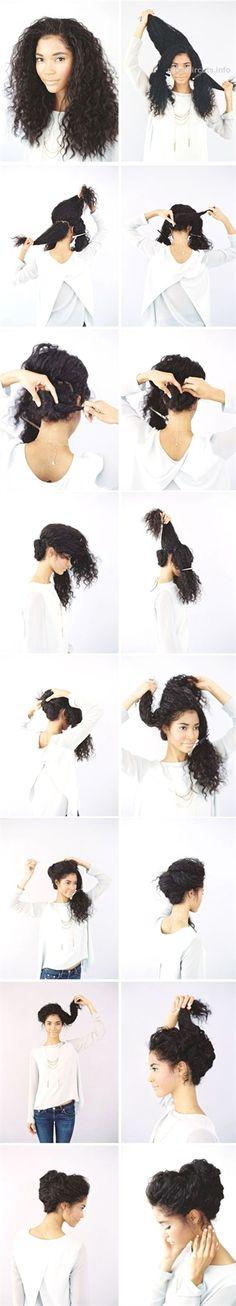Plus belles coupes de cheveux longs tendance 2017 Coupe en image Description Romantic Updo - Naturally Curly Hair Short Curly Hair, Curly Girl, Curly Hair Styles, Natural Hair Styles, Wavy Hair, Kinky Hair, Hairstyle Curly, Curly Bun, Curly Up Do