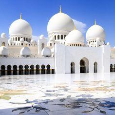 次の女子旅におすすめ豪華絢爛なアラブの街アブダビの魅力