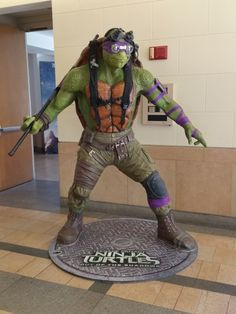 4bec20477b0 tmnt-2-donatello-statue (love that they wear pants in the second