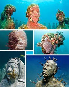 The Silent Evolution. Underwater sculpture garden.