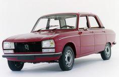 La voiture de mon grand-père au début des années 70, même couleur, même modèle.