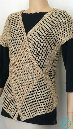 Gilet Crochet, Crochet Poncho Patterns, Crochet Blouse, Crochet Lace, Crochet Stitches, Crochet Shrugs, Crochet Sweaters, Sewing Patterns, Crochet Woman