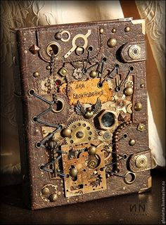 steampunk - Google Search Chat Steampunk, Steampunk Kunst, Steampunk Book, Steampunk Crafts, Steampunk Design, Steampunk Fashion, Altered Books, Altered Art, Steampunk Accessoires