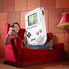 This week's Throwback Thursday - The World's Largest Gameboy  what games would you like to try and play on it?   #gameboy #nintendo #takemeback #TBT #oldskool #Smyths #SmythsToys #toysnaps