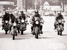 1975 Honda Cb200t Bikes Lined Up Photo 4