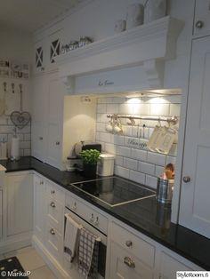 keittiö,new england,nikkarointi,riviera maison,remontti
