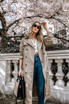 17 Simple Denim Outfits You Can Copy Now Spring jeans outfits to imitate Smart Casual Outfit, Work Casual, Simple Outfits, Classy Outfits, Casual Outfits, Emo Outfits, Fashion Outfits, Punk Fashion, Lolita Fashion