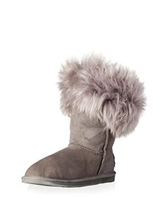 www.myhabit.com  Cozy and casual boot features pull-on construction, reverse seaming, logo plate at heel, plush lining and trim