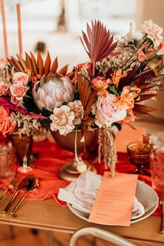 This Wildly Gorgeous Modern Orange Wedding Inspiration Will Set Your Heart on Fire Burnt Orange Weddings, Orange Wedding Flowers, Floral Wedding, Orange Wedding Decor, Bling Wedding, Wedding Colors, Coral Wedding Centerpieces, Quinceanera Centerpieces, Simple Centerpieces