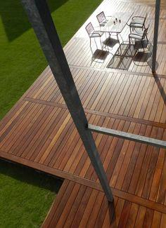 Réalisation d'une terrasse en bois exotique dans la Manche