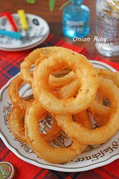 新玉ねぎがあま~い!冷めてもサクサクオニオンリング - ぱおの15分でできる♪忙しい日の簡単スピードごはん [公式連載][レシピブログ] Home Recipes, Asian Recipes, Ethnic Recipes, Onion Rings, Food And Drink, Homemade, Cooking, Easy, Onions