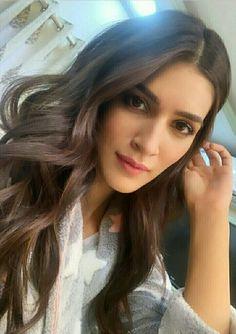 💕Follow me Nimisha Neha💕 Beautiful Bollywood Actress, Beautiful Indian Actress, Beautiful Actresses, Celebrity Selfies, Indian Actress Photos, Bollywood Girls, Bollywood Stars, Beautiful Gorgeous, Beautiful Women