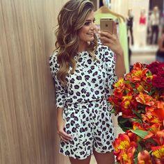 Conjuntinho @donnaritzoficial de hoje!♡❣♡ • #selfie #lookdodia #lancamentodonnaritz #blogtrendalert