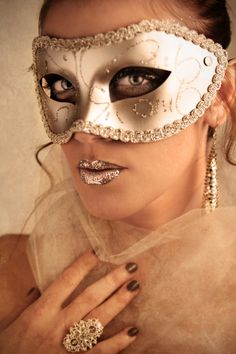 Reminds me of the Playboy Midsummer Nights Dream Party at the Palms!! I still have my mask!!