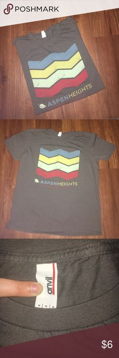 """Super comfy dark gray medium t-shirt Aspen Heights This short sleeve t-shirt is so comfortable and in excellent condition! Only worn once. Dark gray with 4 colored stripes and """"Aspen Heights"""" advertising. 100% cotton, preshrunk. Anvil Tops Tees - Short Sleeve"""
