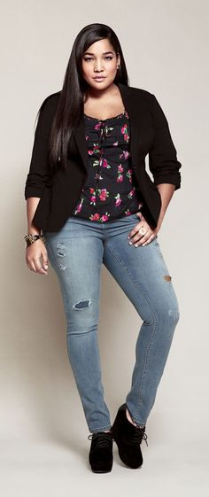 Do you like wearing jeans and believe it is liberating and make you feel comfortable? But, you believe that it is not for you since you are plus size; right? Well, that is absolutely incorrect and an obsolete belief! Plus size women jeans is now as much a reality as jeans for any other size. Plus size, unlike earlier times is no longer a taboo.
