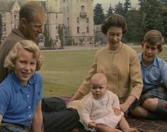 Queen Elizabeth and Prince Philip at Balmoral Castle in Aberdeenshire. with Prince Charles, Princess Anne and baby Prince Andrew. Hm The Queen, Royal Queen, Her Majesty The Queen, Elizabeth Philip, Princess Elizabeth, Queen Elizabeth Ii, Royal Family History, English Royal Family, Royal Families Of Europe