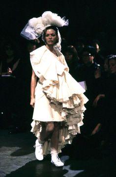 f2b460224d9caa Comme des Garçons Spring 1998 Ready-to-Wear Collection Photos - Vogue  Really Cute