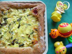 Crostata con porri e formaggi http://www.cuocaperpassione.it/ricetta/9d301f4c-9f72-6375-b10c-ff0000780917/Crostata_con_porri_e_formaggi