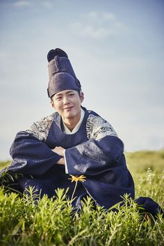 """park bogum in moonlight drawn by clouds ✧ behind the scenes""1000 x 1500"" """