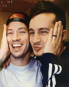 Goodness, how I love these two...c: