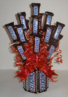 Snickers Candy Bouquet - Fun Family Crafts