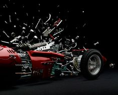 Disintegrating – Exploded Cars, the new project by photographer Fabian Oefner