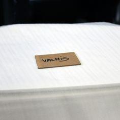 TEHDÄÄN HYVIN | HANDMADE QUALITY Työvaihe: Valmiit, maalatut sohvapöydän kannet odottamassa pakkaamista | Craft: Finished sofa table tops waiting for packaging Tuotantolinja: Pöydät | Production line: Dining  #pohjanmaan #pohjanmaankaluste #käsintehty
