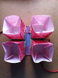 Zhen Xian Bao - Needle Thread BagMade with 15x15cm origami paper