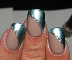 Deez Nailz: SH Chrome Turquoise, Icing Sandy Beach & Art Deco silver stripe