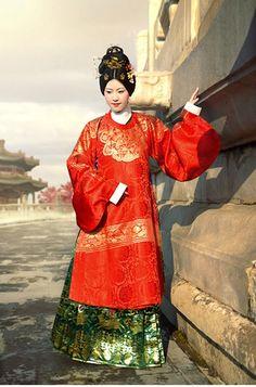 Ming dynasty's noblewoman by williswong.deviantart.com on @deviantART