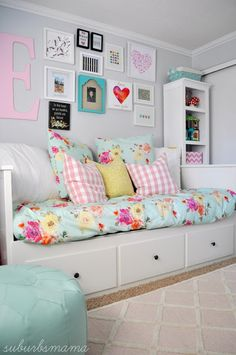 While some shoppers decide to buy a bed room set to make certain all the pieces go together, you call likewise mix and match to create your own personal style. Make sure you have these bedroom furniture basics so you can reside in convenience: Big Girl Bedrooms, Little Girl Rooms, Girls Bedroom, Tween Girl Bedroom Ideas, Ikea Girls Room, Bedroom Sets, Bedroom Decor, Bedroom Furniture, Furniture Dolly