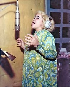 Etta James sings her heart out in the Muscle Shoals studio.