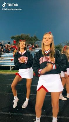 Hip Hop Dance Videos, Dance Music Videos, Dance Choreography Videos, Cute Cheer Pictures, Cheer Pics, Cool Dance Moves, Dance Tips, Dixie Song, Cheerleading Workouts