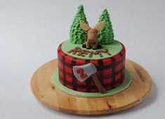 I make a lot of mousse cakes, but today we have something a bit different – an actual MOOSE cake! As a proud Canadian, I loved making thisbirthday cake. The request was for a Canada-themed …