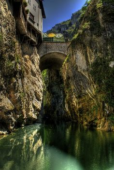Pont-en-Royans ~ #France